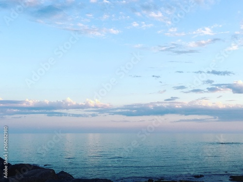 Photo sur Toile Bleu clair Ciel et mer
