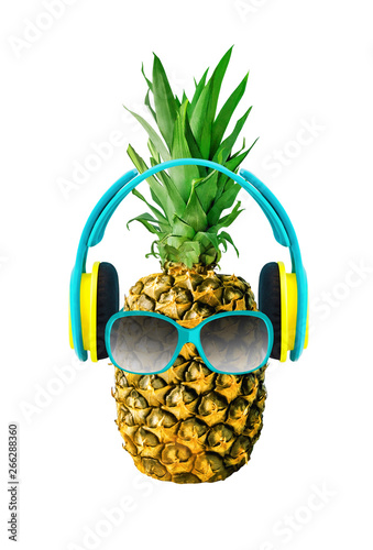 Poster de jardin Inde Funny pineapple with glasses and headphones. Tropical fruit isolated on white background. Tropical food design element