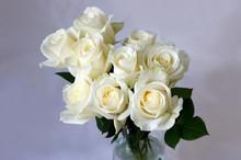 アバランシェという品種のバラ