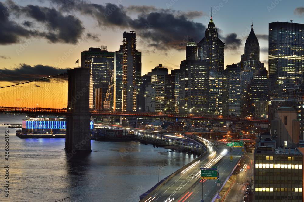 Fototapety, obrazy: Sunset in New York.