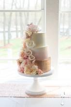 Trendy 3 Tier Wedding Cake Wit...