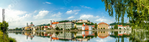 Photo Passau Panorama mit Sankt Stephan Dom, Deutschland