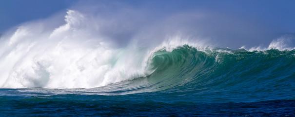 Panel Szklany Podświetlane Do kuchni Beautiful Ocean wave panorama in Hawaii