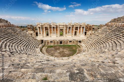 Staande foto Oude gebouw Hierapolis ancient city Pamukkale Turkey