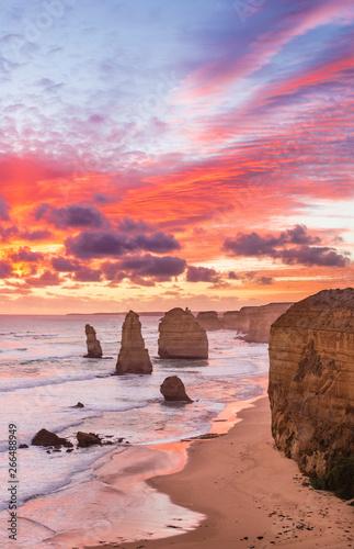 Fotografía  Sunset at Twelve Apostles, Great Ocean Road, Victoria, Australia