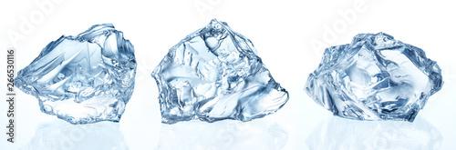 Crushed ice isolated Fotobehang