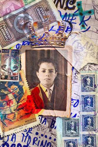 Photo sur Aluminium Imagination Scrapbooks and macabre and surreal collages with drawings and old vintage photographs