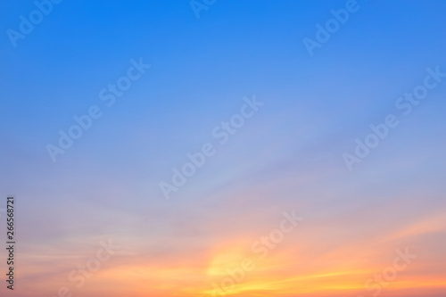 Foto  blue dramatic sunset sky texture background.