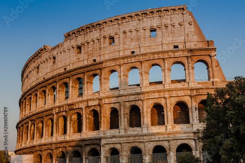 Fényképezés  The Colosseum or Coliseum, also known as the Flavian Amphitheatre, is an oval am