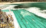 Beach Scene: Rock Swimming Pools overlooking Tasman Sea in Bondi, Sydney - Australia - 266686343