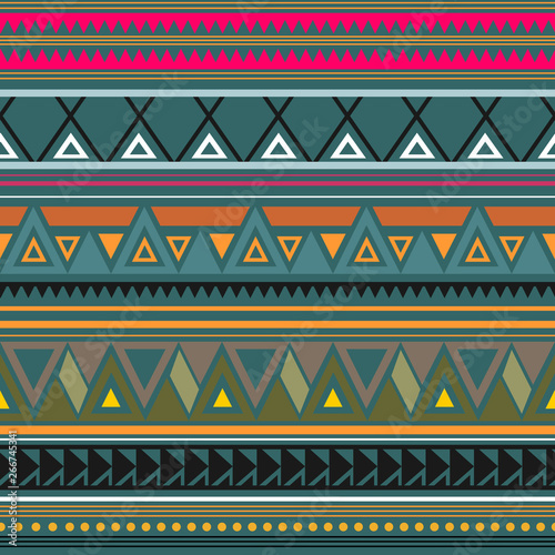 Seamless vector decorative ethnic pattern with geometric