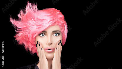 Tuinposter Kapsalon Fashion model girl with stylish pink hair. Beauty salon hair coloring concept. Short hairstyle