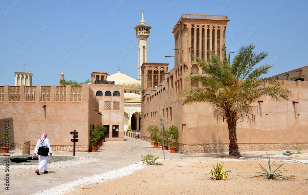 Fototapeta Narrow traditional streets of old Dubai. Al Bastakiya district is also known as Al Fahidi Historical Neighbourhood