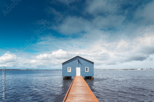 Photo  Beautiful scenery at Matilda Bay boathouse in the Swan River in Perth, Western Australia