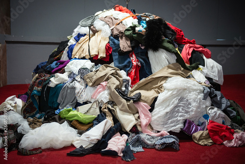 Obraz Pile of old worn clothes - fototapety do salonu