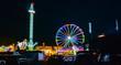 canvas print picture - Panorama auf dem Jahrmarkt am Abend