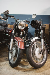 Shabby vintage motorbikes w...