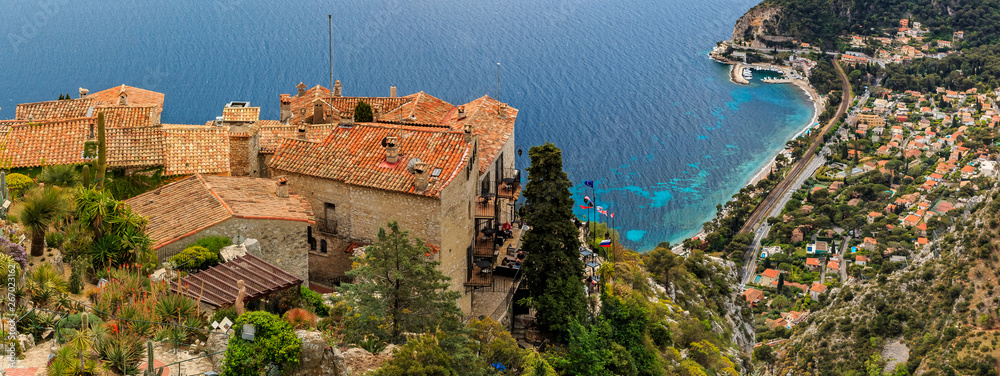 Fototapety, obrazy: Mediterranean sea and medieval houses in Eze village in France