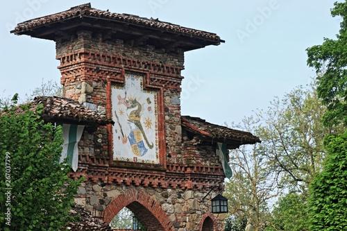 Fotografie, Obraz  Grazzano Visconti, città d'arte e villaggio medievale nel nord Italia