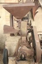 Antico Trattore Agricolo Della Val Padana