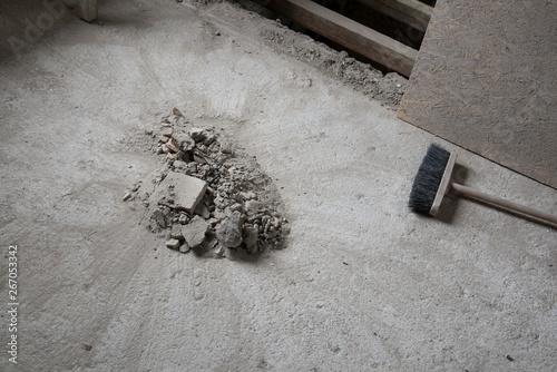 Fototapeta scopare il pavimento