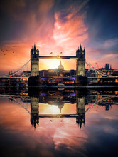 Dreamy View To The Tower Bridge Of London, UK, During Sunset Time With Reflections In The River Water Of The Thames