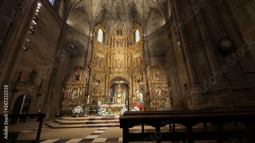 Iglesia de Santo Tomás Apóstol de Haro, La Rioja, España Canvas Print
