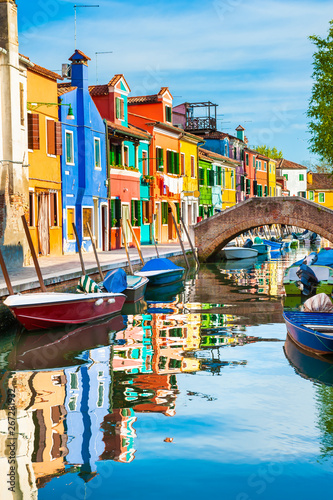 Fototapeta Colorful houses on the canal in Burano island, Venice, Italy. obraz