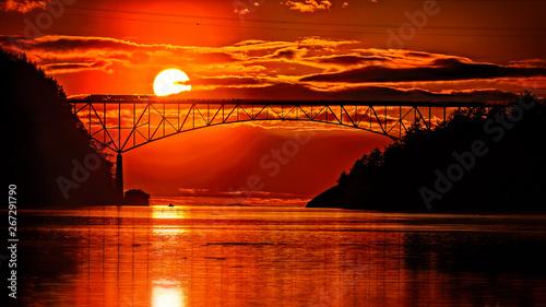 Foto auf AluDibond Rot Bloody sunset today over Deception pass bridge