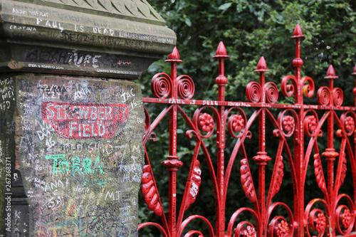 Il cancello d'ingresso di Strawberry Field , Liverpool