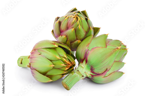 Photo Fresh Artichokes isolated on white background closeup