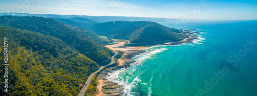 Photo Aerial panorama of Great Ocean Road on bright sunny day
