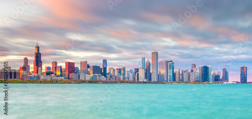 Photo Stands Turquoise Downtown chicago skyline at sunset in Illinois