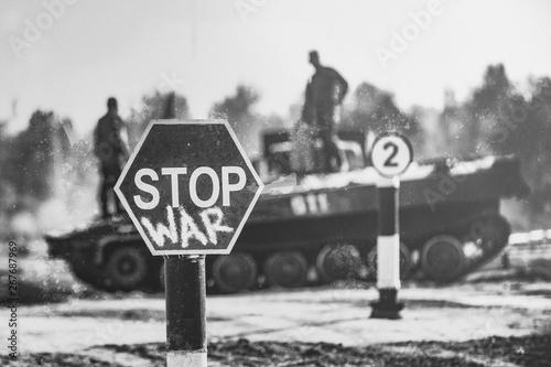 Foto Creative Badge - Stop Wars