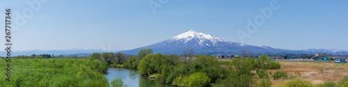 (青森県-パノラマ風景)岩木山と岩木川を望む風景1 Canvas Print