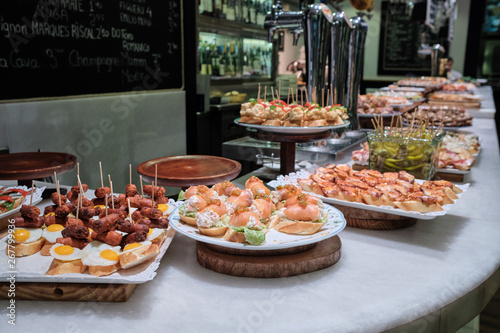 Fototapeta premium Pintxos w San Sebastian, Kraj Basków, Hiszpania