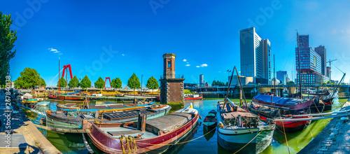 Foto auf AluDibond Rotterdam View of the old port of Rotterdam, Netherlands