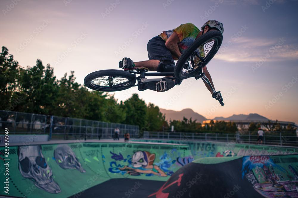 Fototapety, obrazy: Skatepark mtb