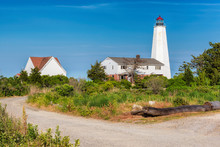 Lynde Point Lighthouse, Old Sa...