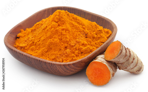 Papiers peints Pays d Asie Raw turmeric with powder