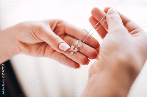 bridesmaid dresses earrings Fototapeta