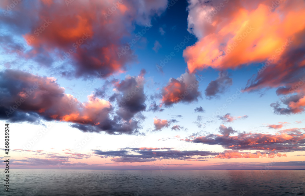 Fototapeta Beautiful Sunset Clouds over Horizon