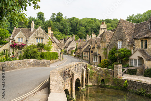 Fototapeta Village of Castle Combe, Wiltshire, UK. Bridge over River Bybrook obraz