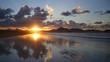 Atardecer y reflejo en la playa