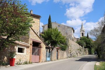 Fototapeta na wymiar Village de Labastide de Virac en Ardèche - Maisons typiques