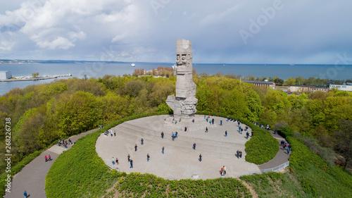 Fototapeta Pomnik Westerplatte ku pamięci polskich obrońców z lotu ptaka obraz