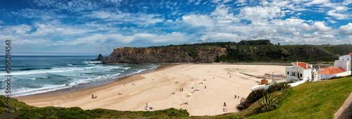 Fototapeta Beach at the Atlantic Ocean at Praia de Odeceixe, Algarve, Portugal. obraz na płótnie