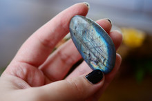 Shiny Tumbled Labradorite! Beautiful Labradorite With Iridescent Coloring, Polished Stone. Intuition, Third Eye Chakra Perfect For Jewelry Making. Bright Labradorite, Colorful Crystal Flashes