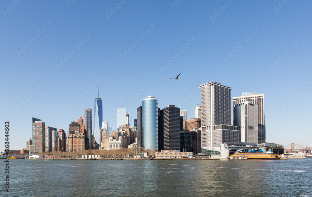 Fototapety, obrazy: The skyline of New York City's Manhattan Island, and Hudson River from the Staten Island Ferry