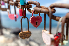 Heart Locks On The Wall Lanzar...
